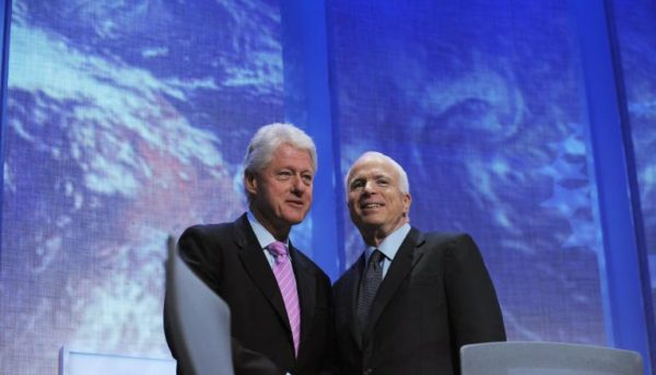 Билл Клинтон и Джон Маккейн